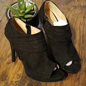 Report Lorette peep toe heels